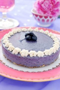 Blueberry dream - recipe from my book Raw Cakes