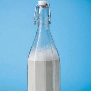 Almond milk recipe from Caroline Fibaek