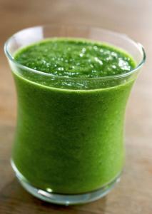 Green Smoothie from Raw Snacks by Caroline Fibaek